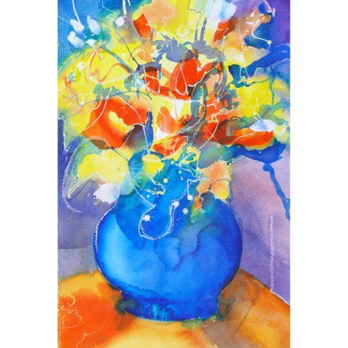Blumenstrauß in blauer Vase